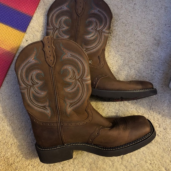 Justin Boots Shoes - Ladies Justin Boots 9.5B